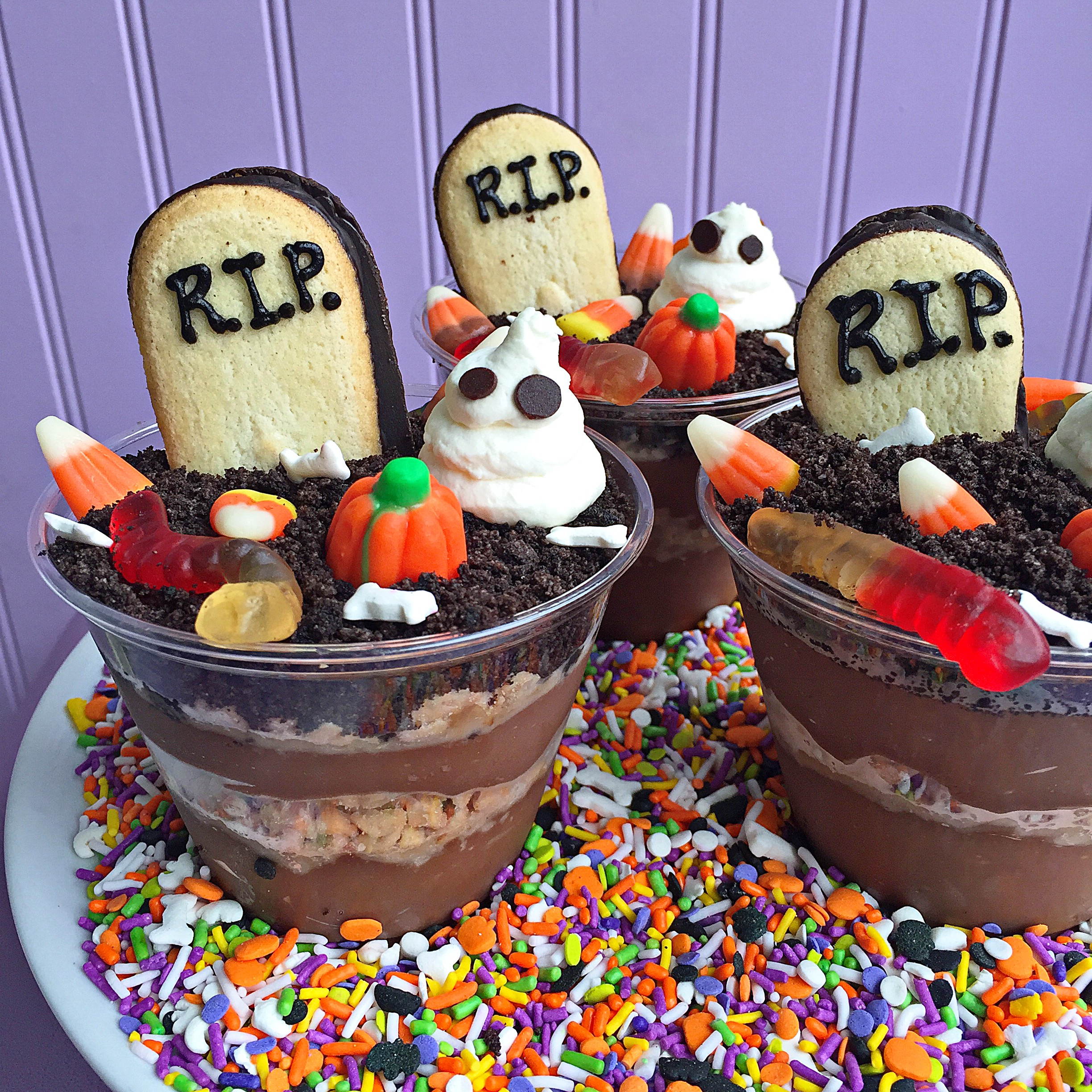 Fab Recipe Ghoulish Graveyard Dirt Cups Fab Food Chicago