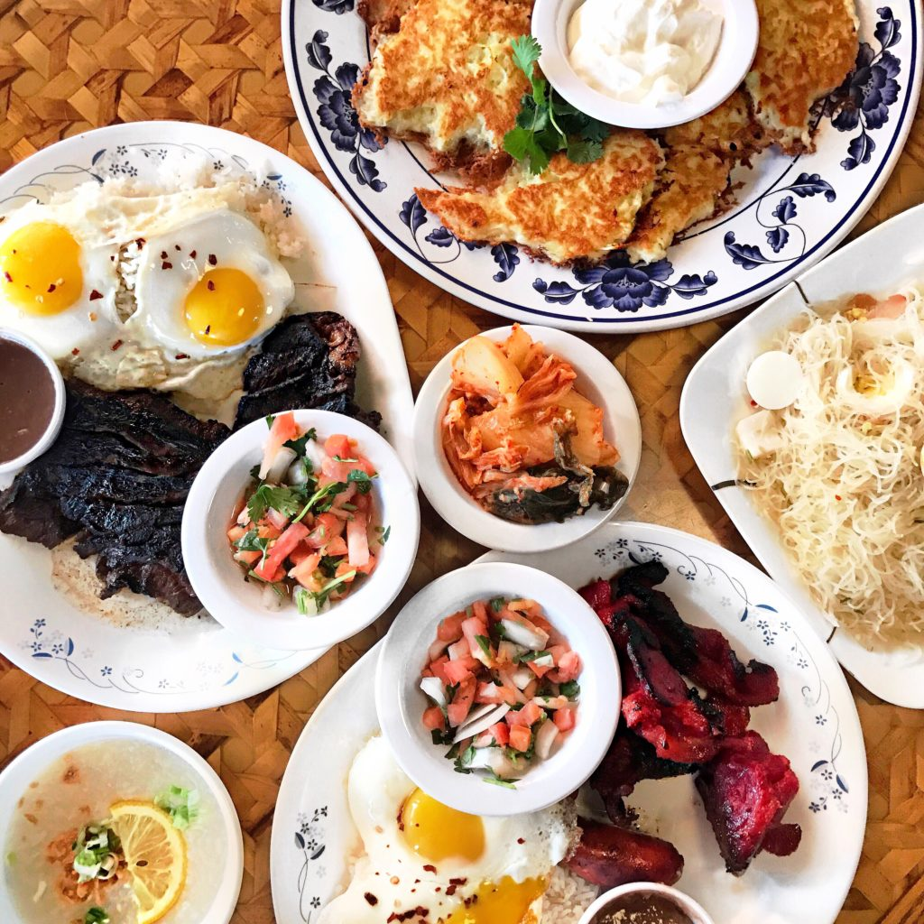 Fab Review: Uncle Mike's Place // Marinated Skirt Steak, Longanisa and Tocino Combination, Potato Pancakes, and Pancit // Photo: @topchicagoeats