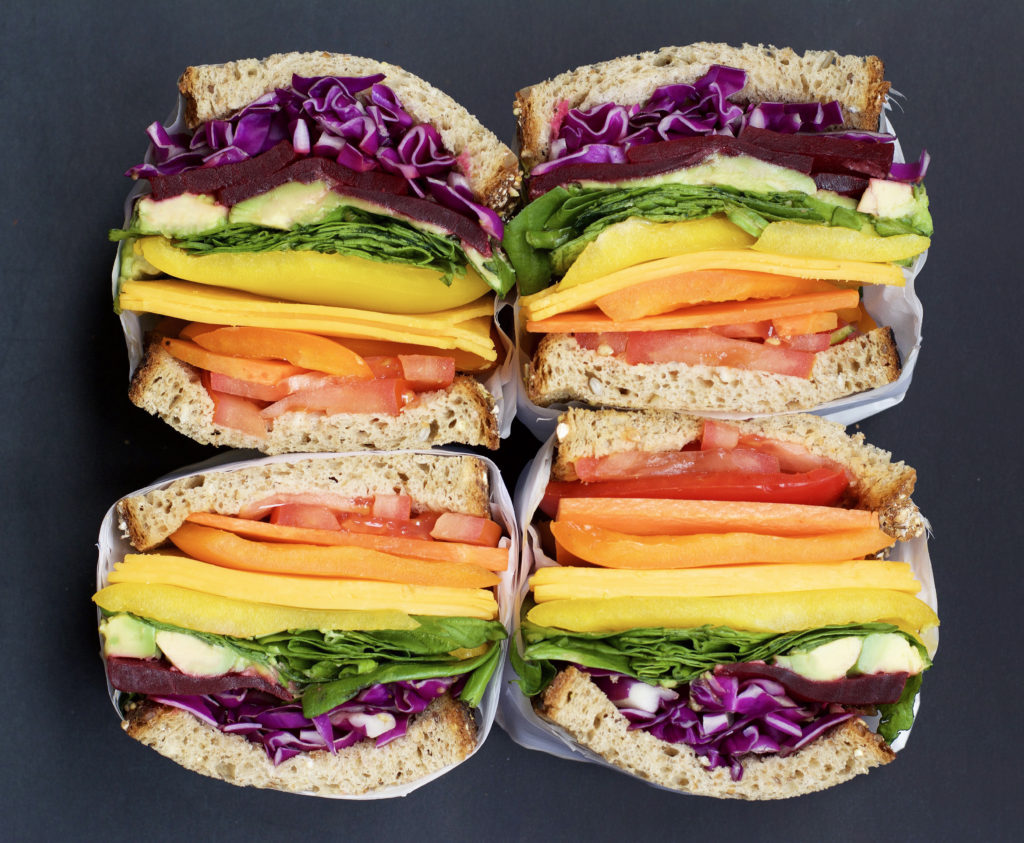 Fab Recipe: Healthy Vegetarian Rainvow Sandwich // Photo: @fabsoopark