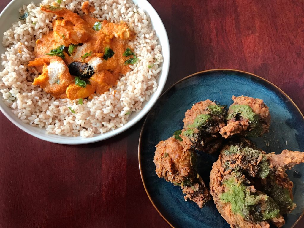 "Fab Review: Brunch at Mango Pickle // Goan Coconut Shrimp Curry and Chicken Wings ""65"" // Photo: @topchicagoeats"