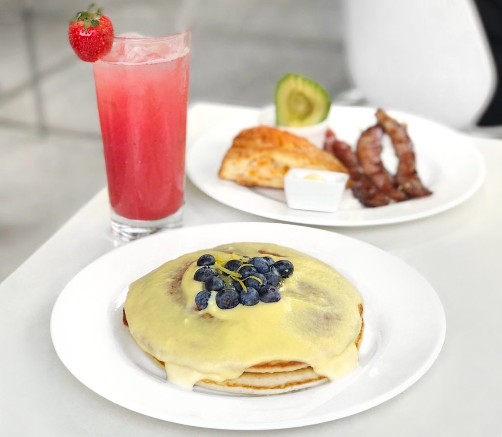 Lemon Pancakes, Cheddar Scone, Maple-Glazed Bacon, Avocado, and Strawberry Watermelon Cooler at Kingsbury Street Café // Photo: @topchicagoeats