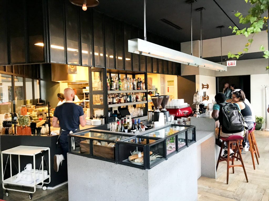 Fab Review: Café Robey // Kitchen and Coffee Bar // Photo: @topchicagoeats