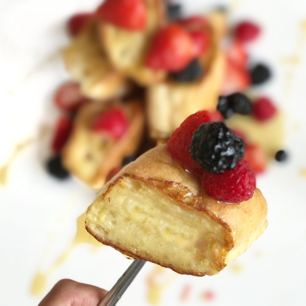 Fab Recipe: Very Berry French Toast // Photo: @fabsoopark