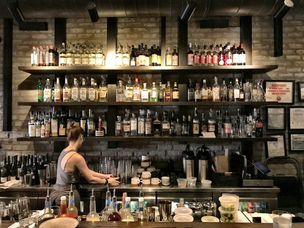 Fab Review: Brunch at Roister // Bar // Photo: @topchicagoeats