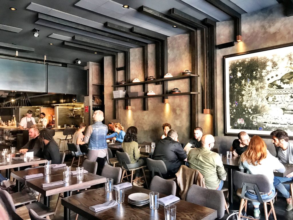 Fab Review: Brunch at Roister // Interior // Photo: @topchicagoeats