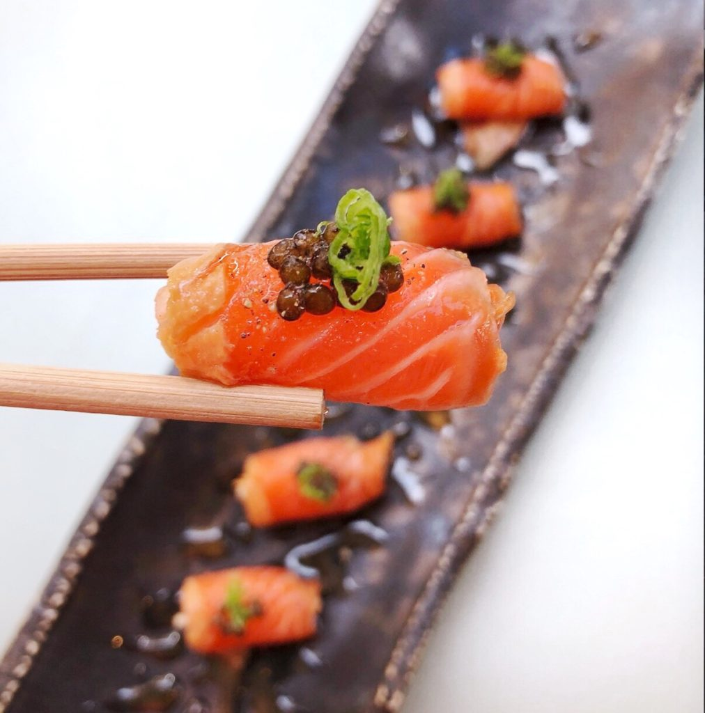Fab Review: Katana // Sake Ringo // Photo: @topchicagoeats