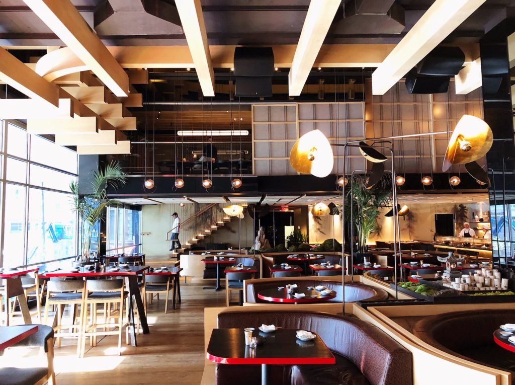 Fab Review: Katana // Interior // Photo: @topchicagoeats